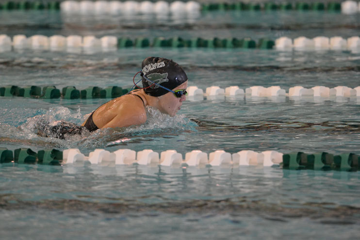 GRHS Swimming Hosts Two Meets Over Weekend