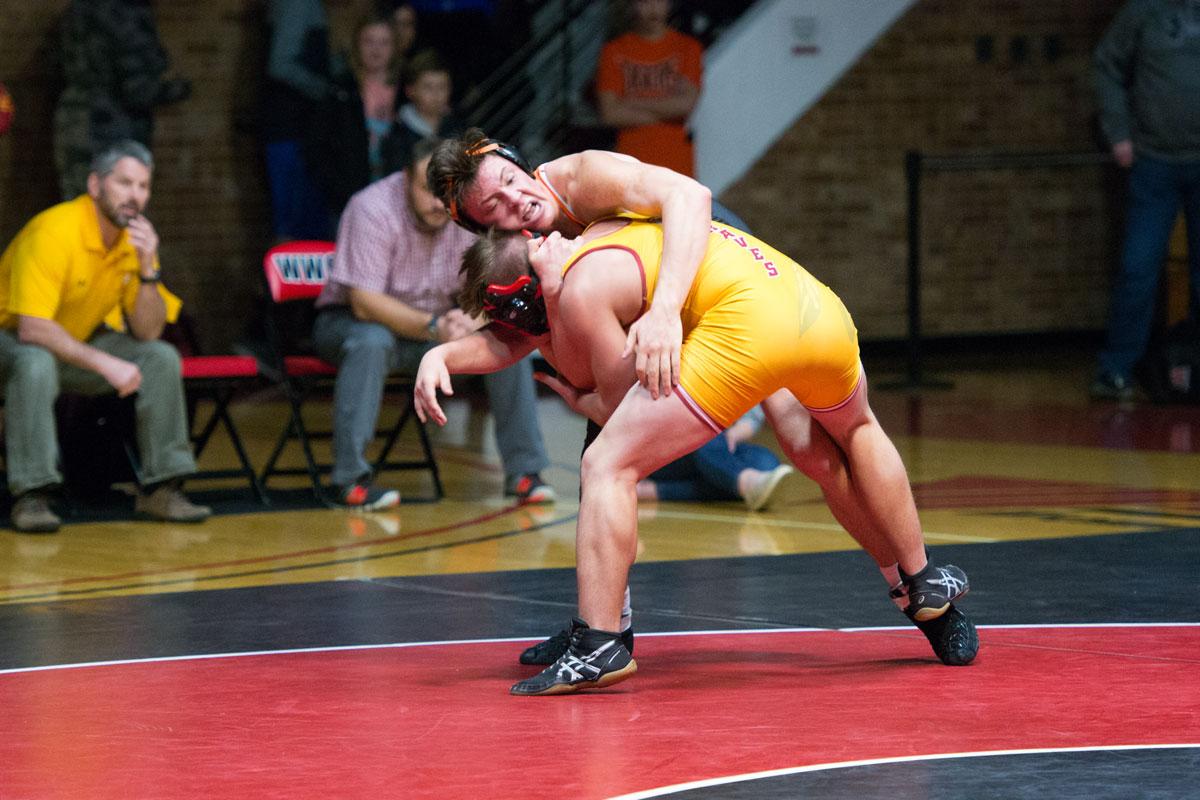 RSHS Wrestling Take First at Worland Dual Tournament