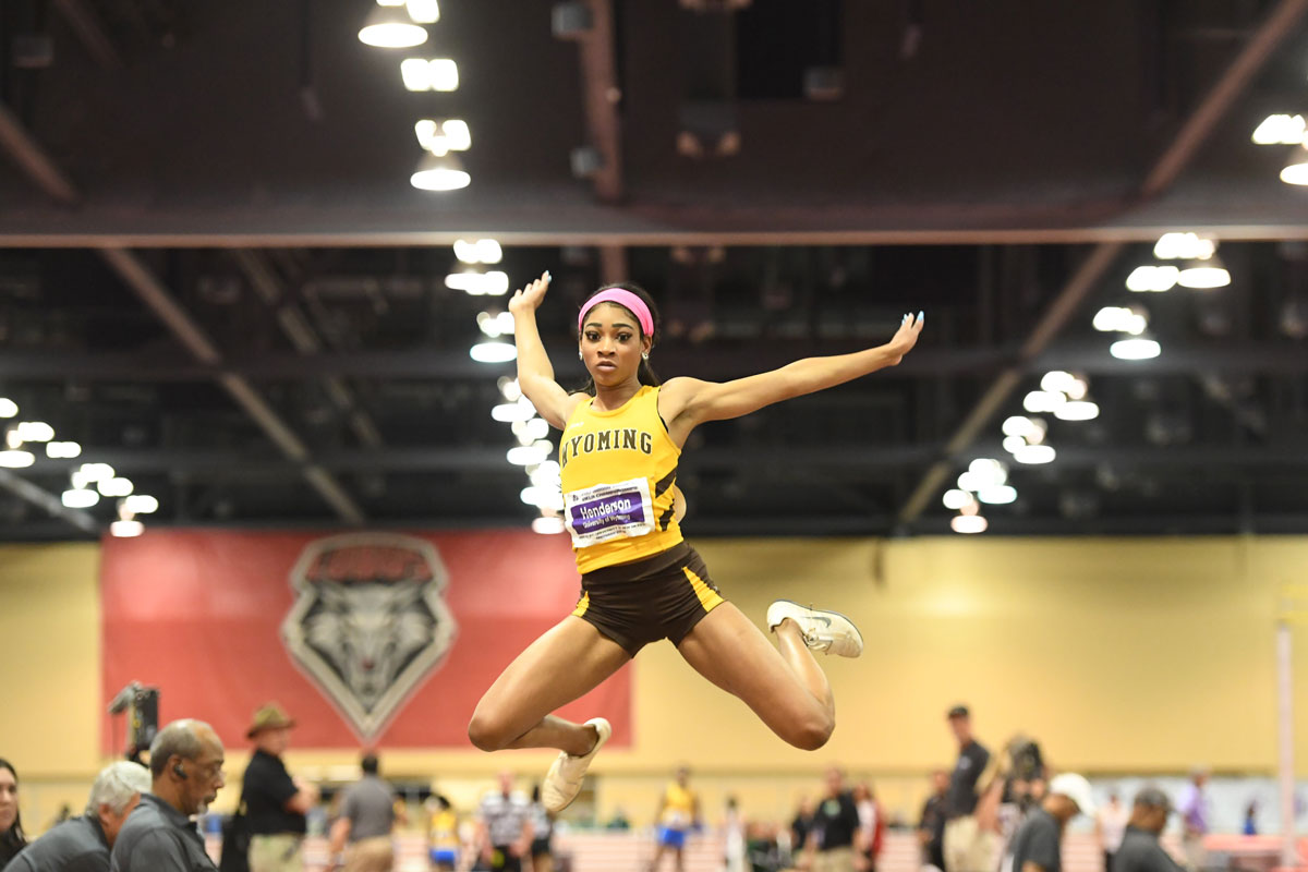 Pokes to Get 2018 Indoor Season Rolling at Potts Invite