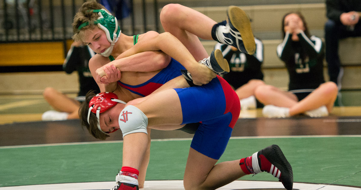 Wolves Wrestling Finishes Eighth at Utah Tournament