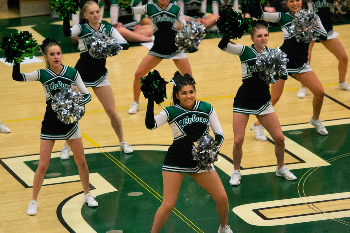 GRHS Cheer and Dance to Showcase State Routines