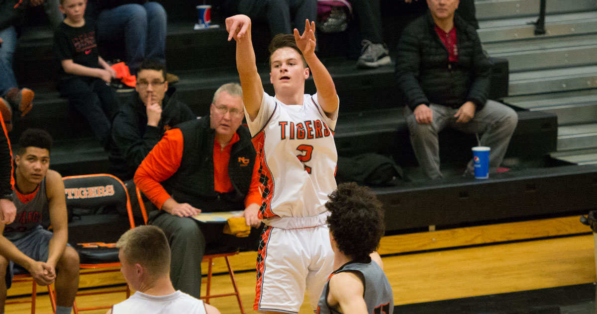 RSHS Basketball Travels to Jackson for Regional Tournament