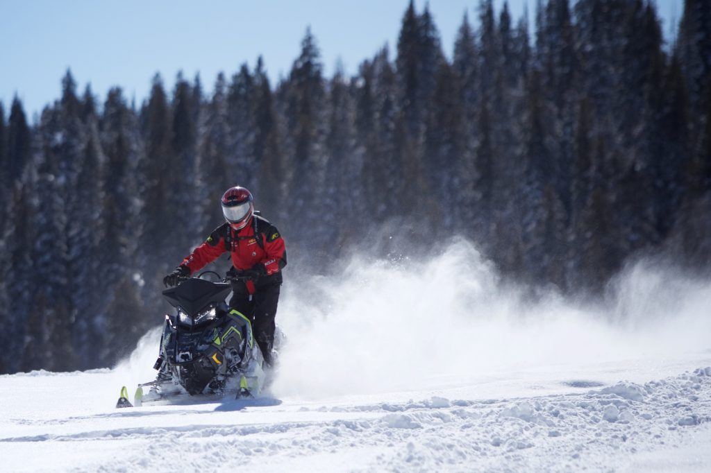 Yellowstone Announces Lottery for Non-Commercially Guided Snowmobile Access
