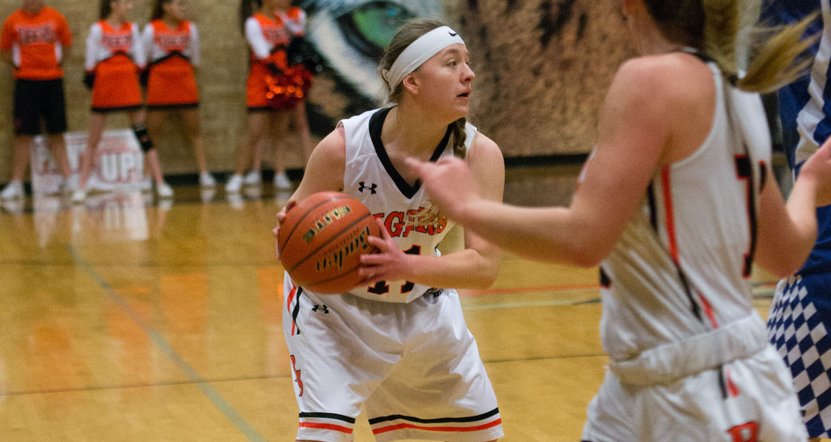 Lady Tigers Beat Natrona to Take Third at Regionals