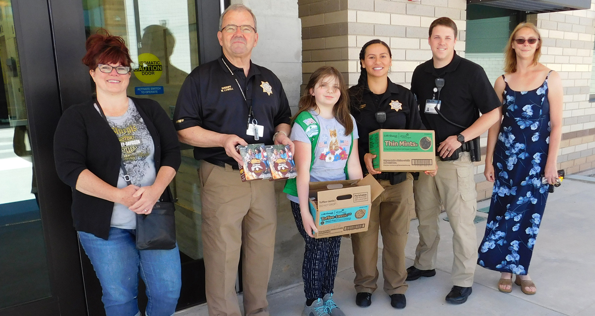 """Sheriff's Office Receives """"Hometown Heroes"""" Cookies from Girl Scouts"""