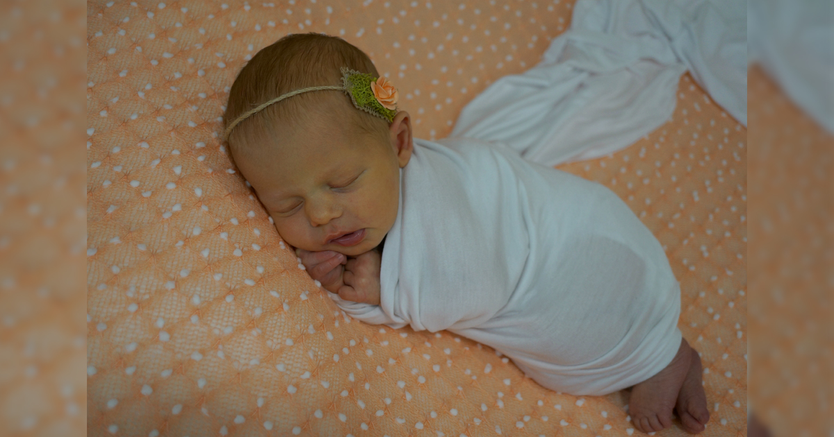 Birth Announcement: Laine Rose Holmstrom
