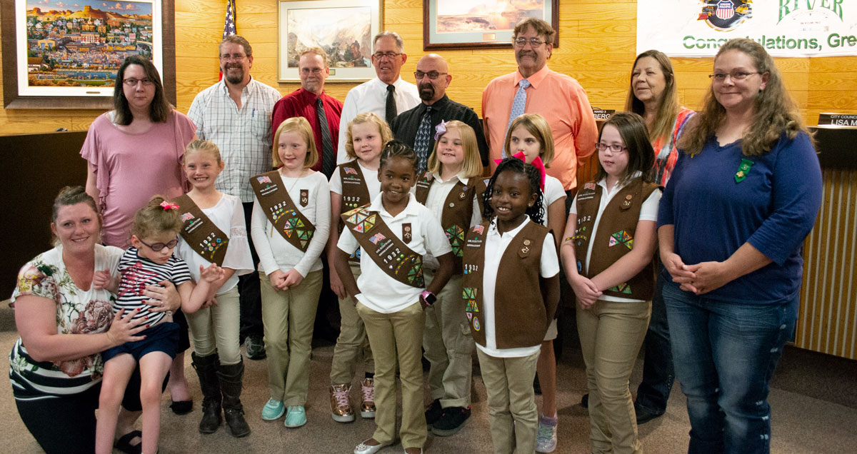 Green River City Council Recognizes Girl Scout Troop 1932 for their Take Action Project