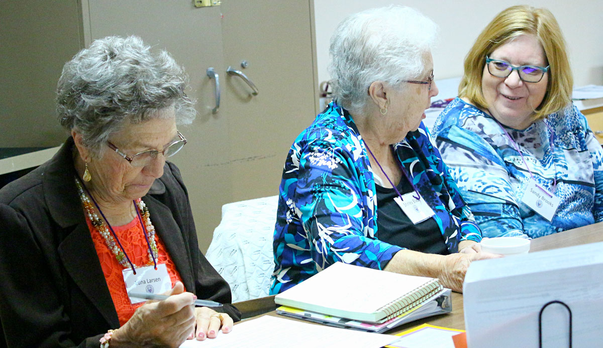 Woman's Club of Rock Springs Hosts First Meeting After Summer Break