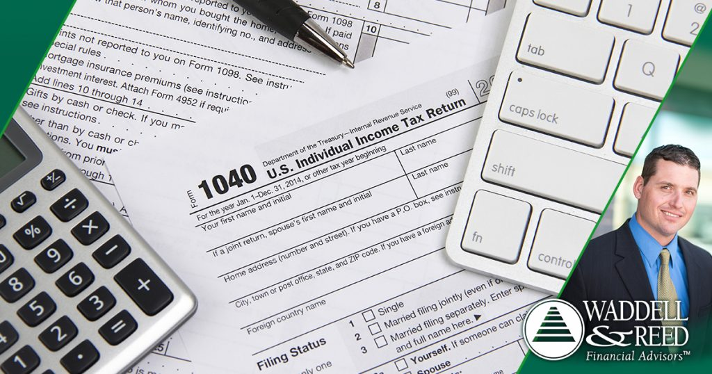 What is the Difference Between a Tax Deduction and a Tax Credit?