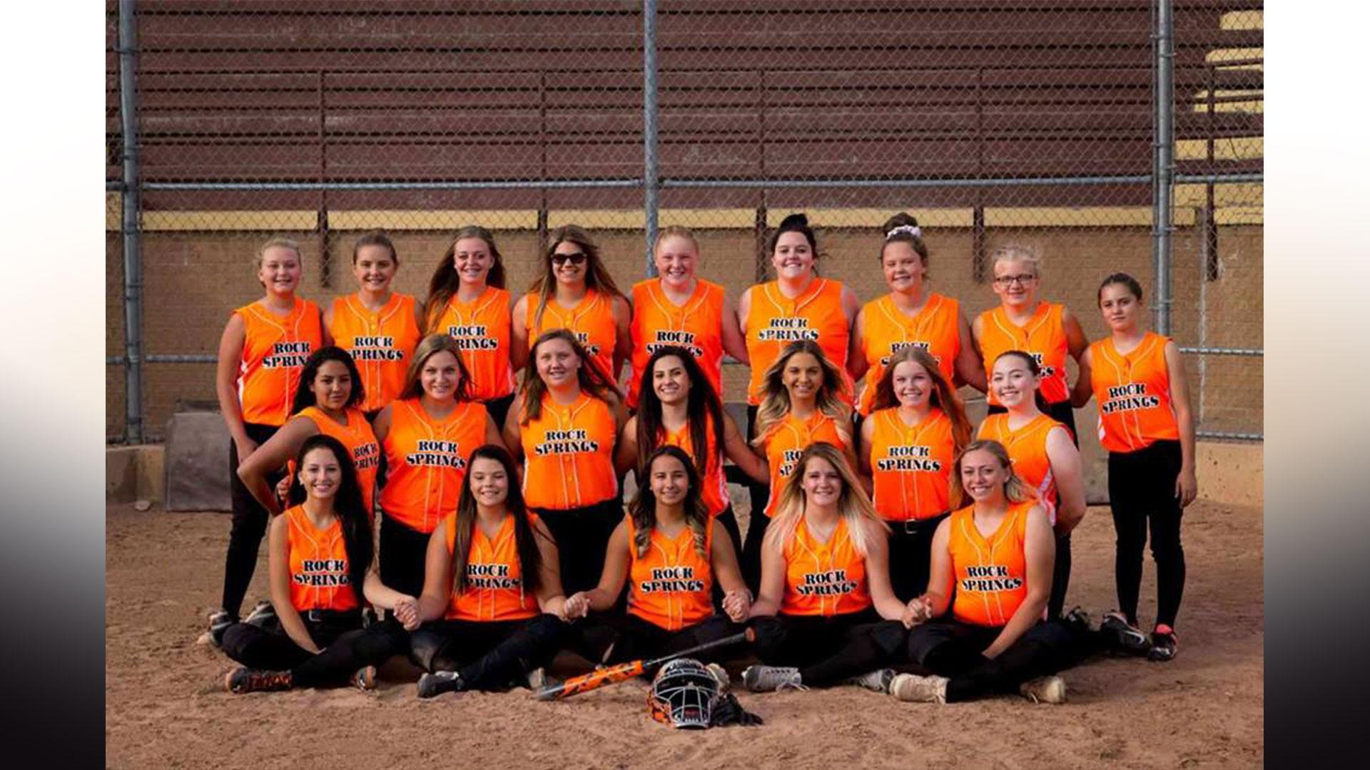 LAST CHANCE REGISTRATION for Rock Springs Girl's Softball Spring/Summer Season