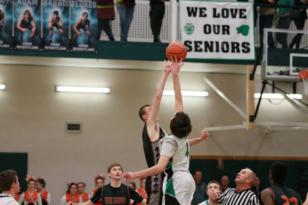 Wolves, Tigers Split First Meeting of the Season