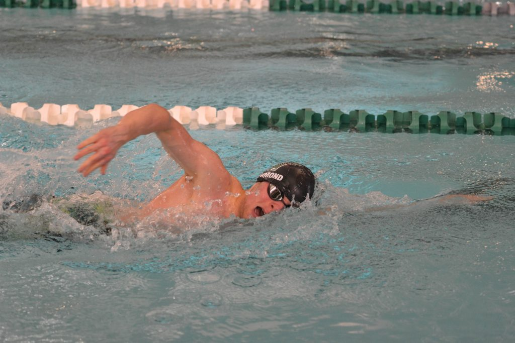 Wolves Swim and Dive Takes Third at Cheyenne Invite