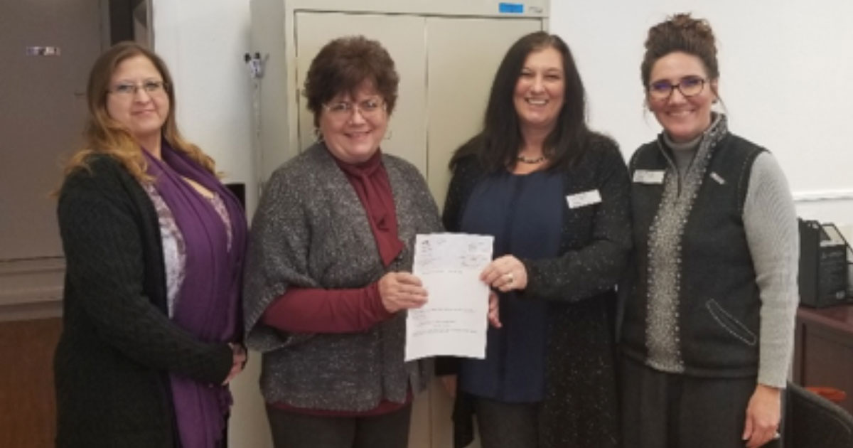 Sweetwater Family Resource Center Receives $2,000 Grant from U.S. Bank