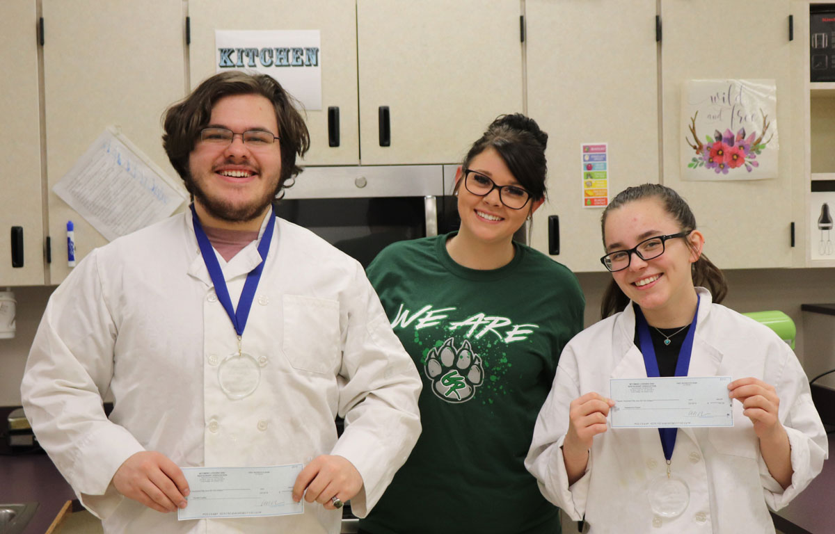 GRHS Students Win Taco John's Culinary Competition