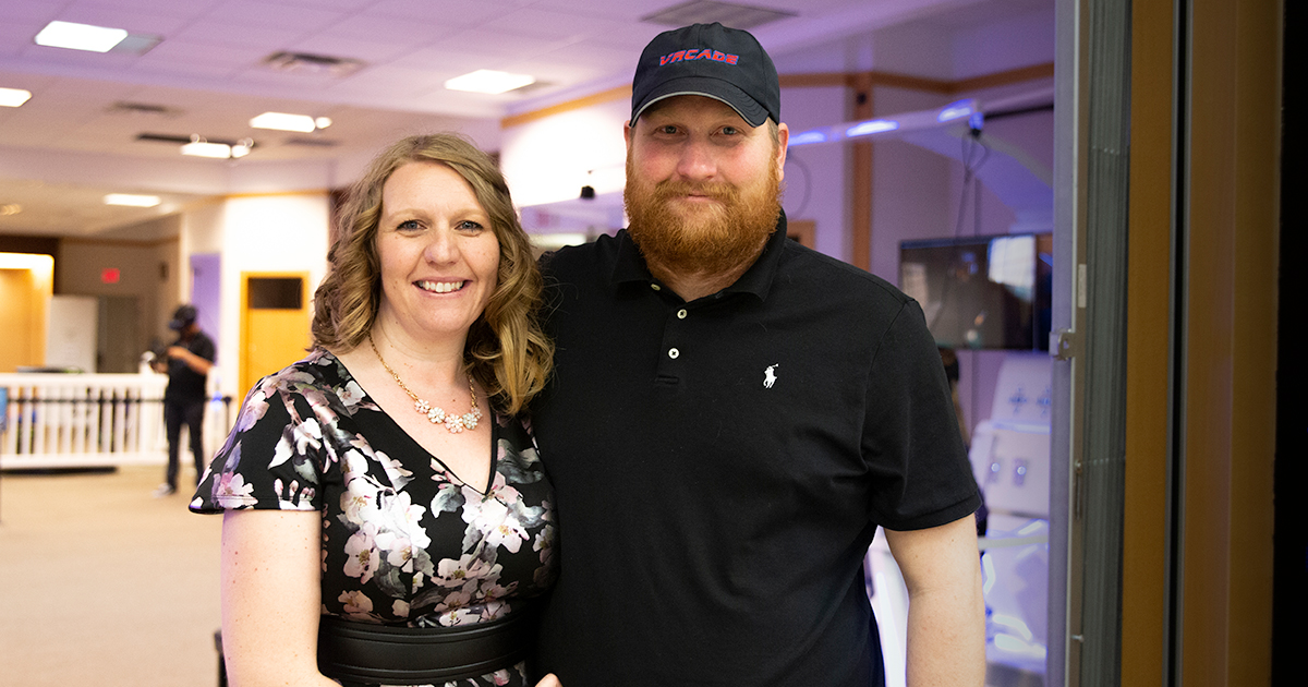 #HOMETOWN HUSTLE: Jen and Ian Baird | VRcade