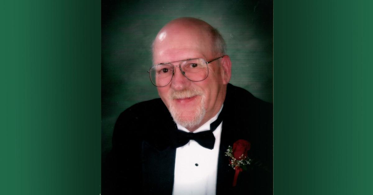 Robert Vance Petersen (November 11, 1943 – May 21, 2019)