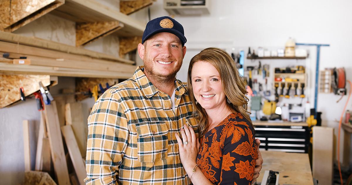 #HOMETOWN HUSTLE: Shane and Chelsey Moeller | Sawdust & Stain Wyo