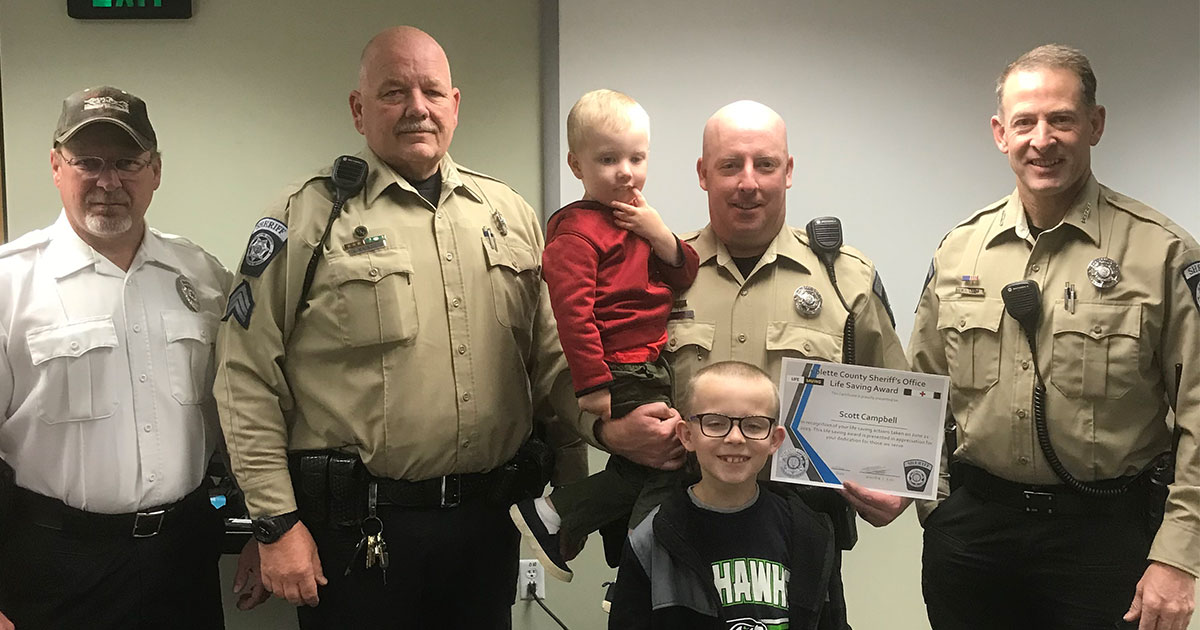Sublette Deputy Receives Lifesaving Award for Quick Response to Medical Call