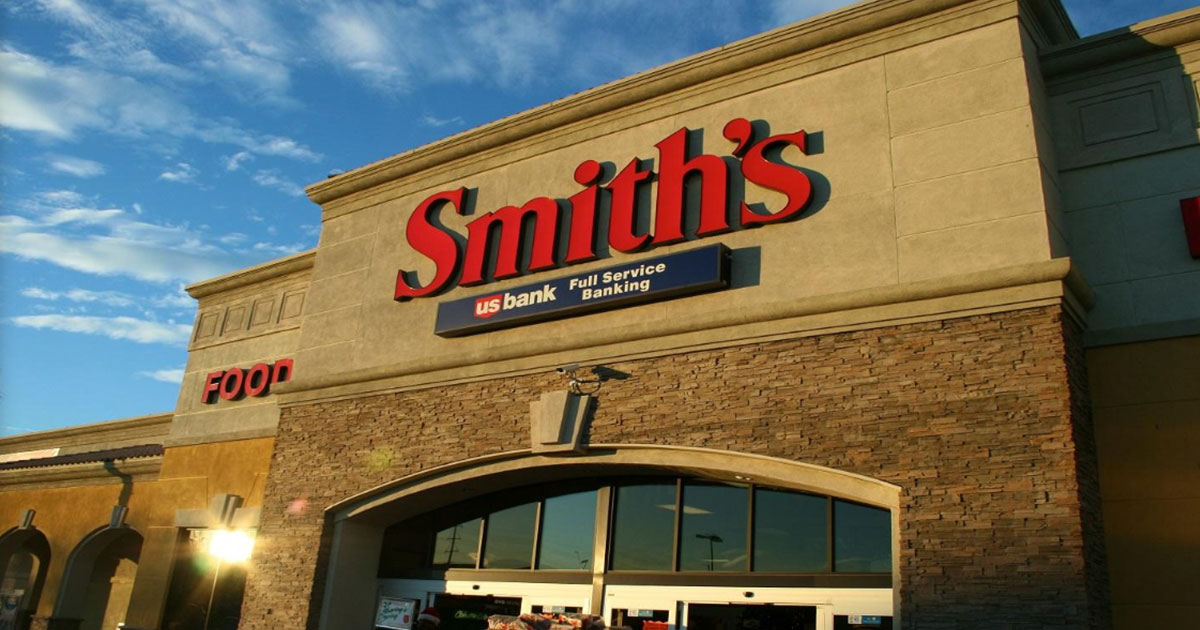 Smith's Accepting Visa Credit Cards Again