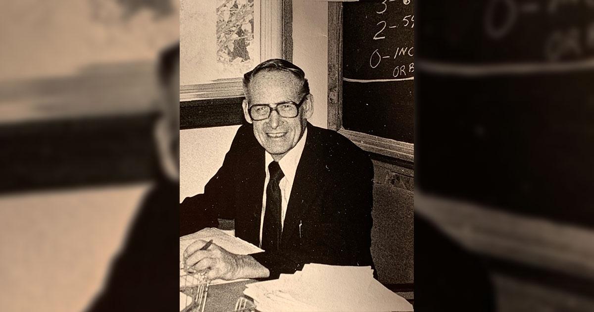 """James Vernon """"Vern"""" Petersen (August 15, 1923 – October 9, 2019)"""