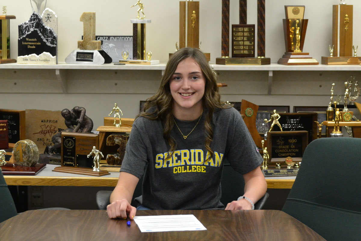 GRHS Basketball Standout Signs with Sheridan College
