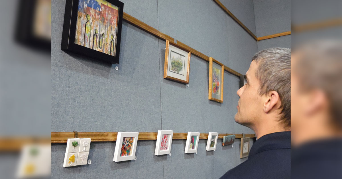 Local Artists Exhibit at White Mountain Library