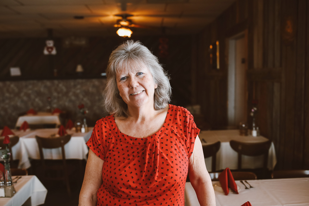 #HOMETOWN HUSTLE: Terri Shepard | White Mountain Mining Restaurant & Saloon