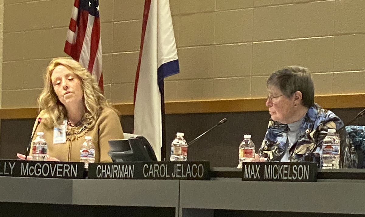 Sweetwater 1 School Board Discusses Graduate Rates