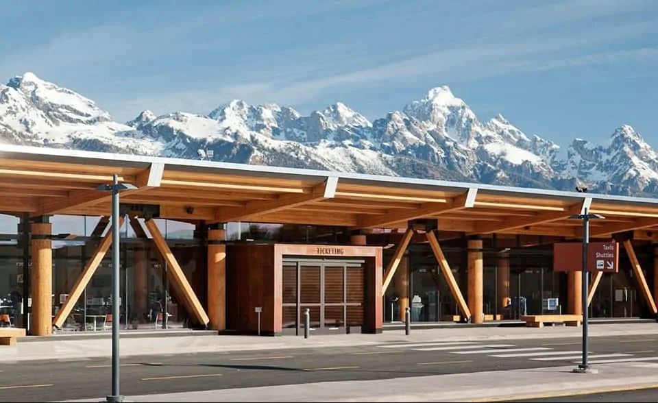 Two Passengers Arrested at Jackson Hole Airport