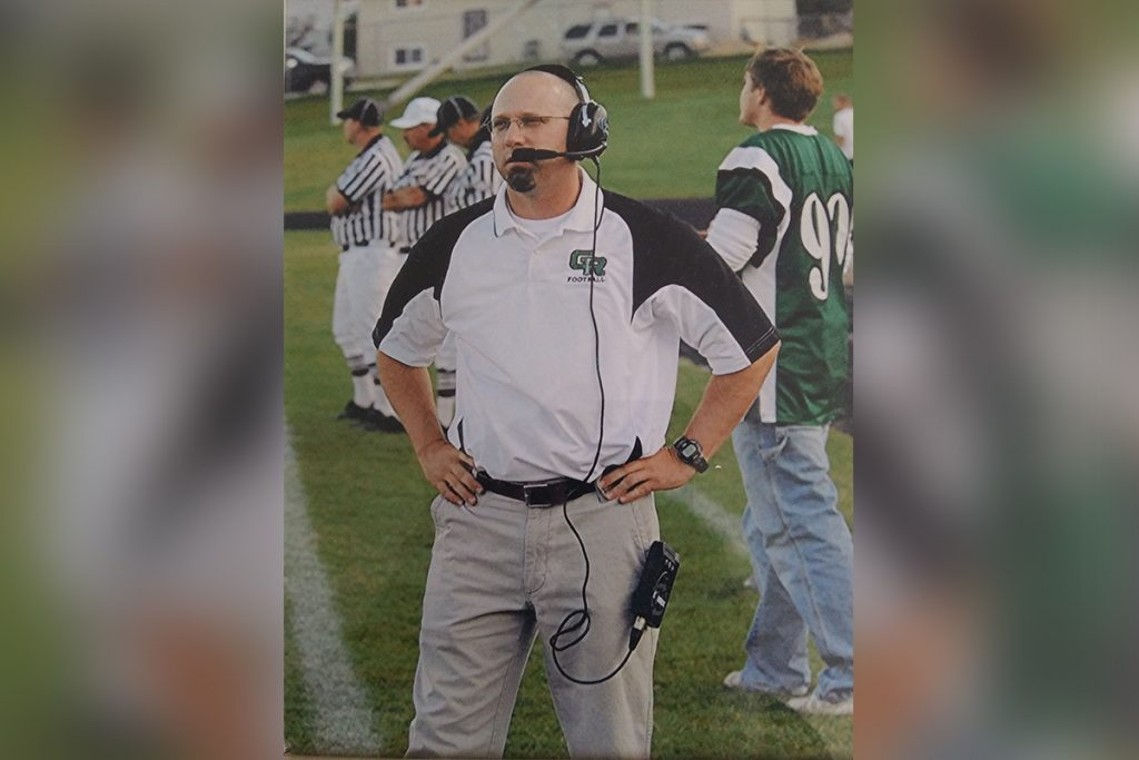Wolves Hire Cuthbertson as Football Coach