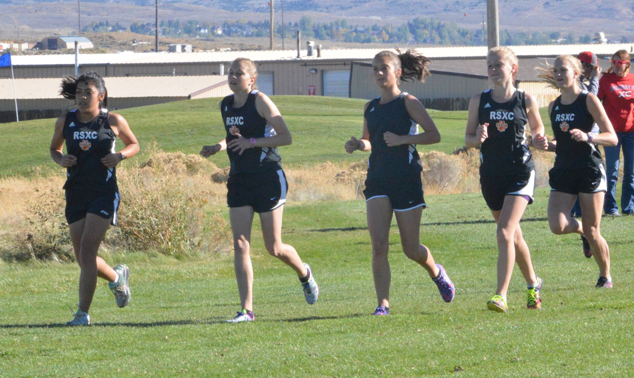 Lady TIgers XC Finishes Strong at Home