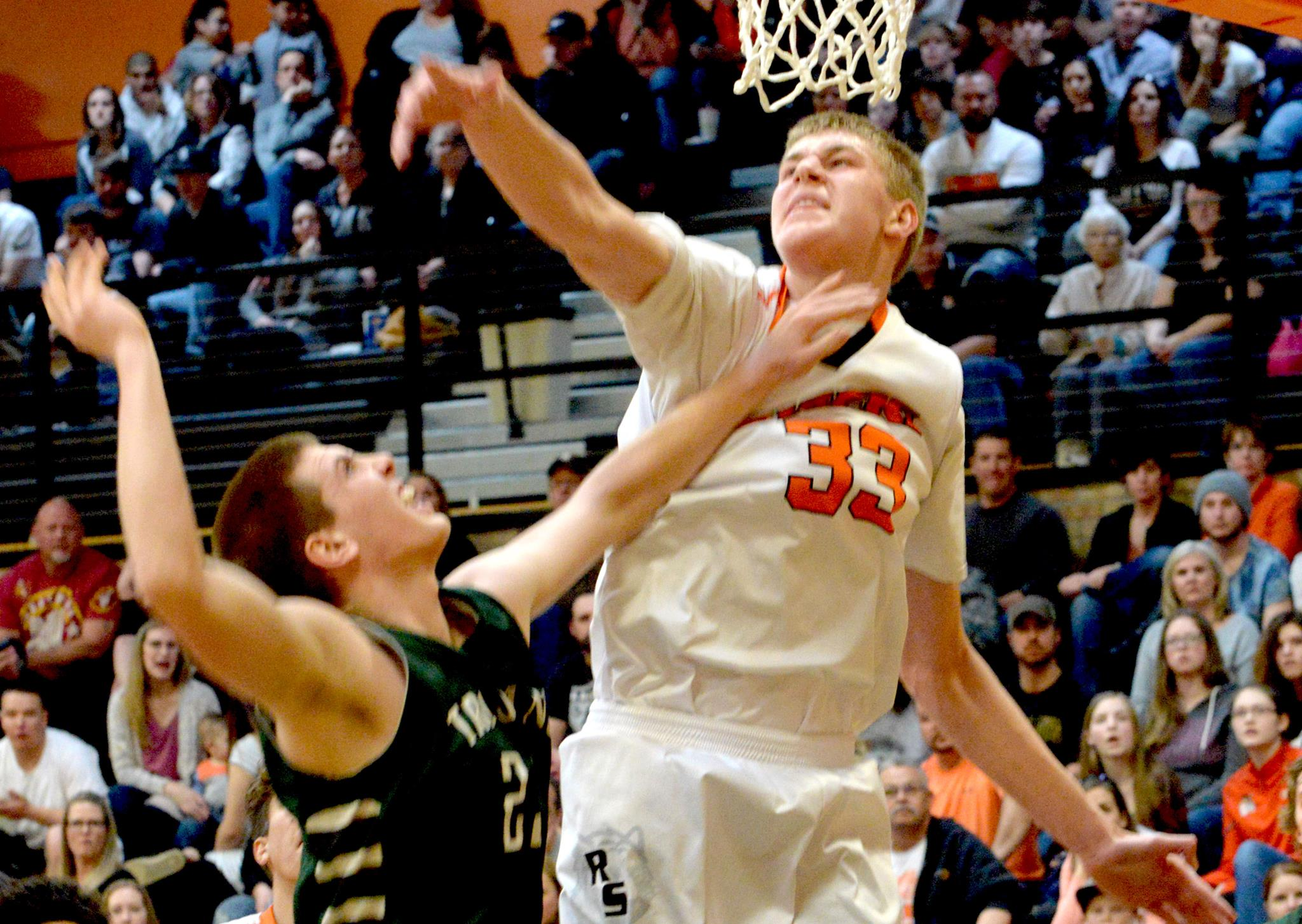 Tiger's Hunt For a State Title Starts Against Cheyenne East