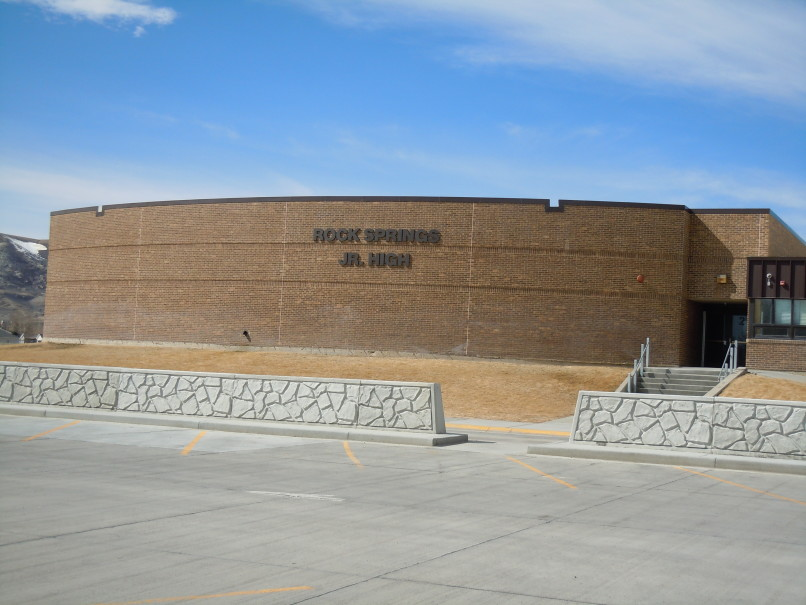 Rock Springs Police Department and Sweetwater County School District Number One report clean drug search at Rock Springs Jr. High