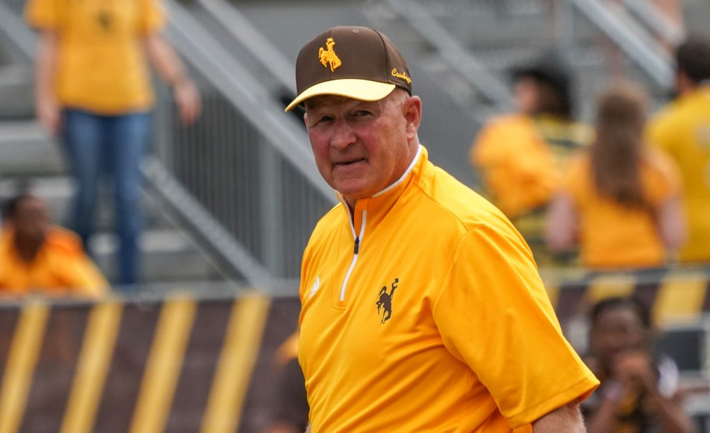 Bohl's Donate $100,000 for Spring Athletic Scholarships