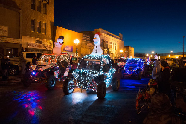 """19th Annual Lighted Holiday Parade – """"A Cowboy Country Christmas"""""""