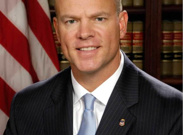 Governor Mead Continues Funding for Veteran Tuition Program