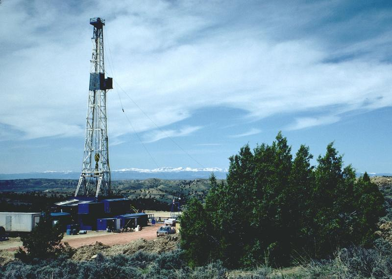 Enzi and Mead critical of new fracking rules announced by BLM