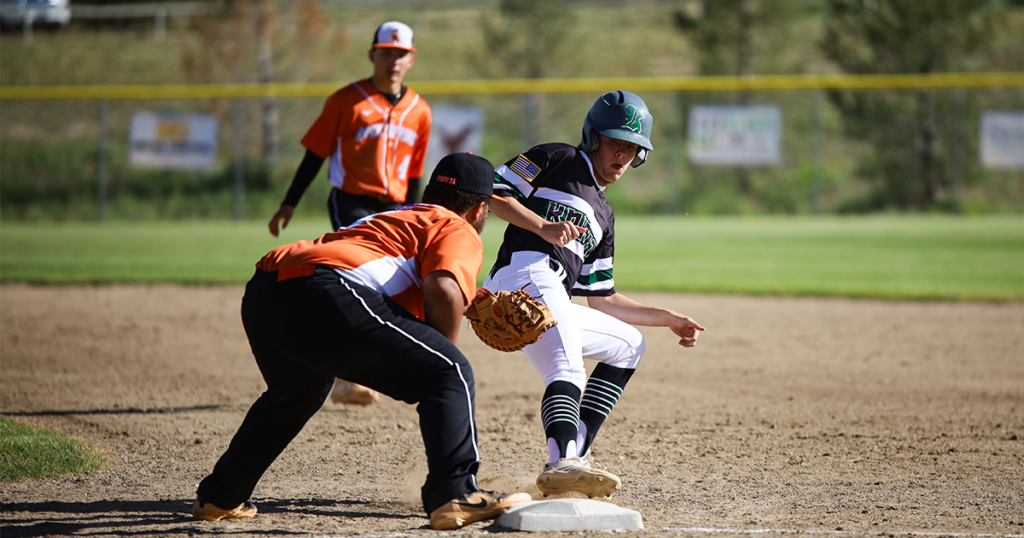 Knights, Sand Puppies Battle in Doubleheader