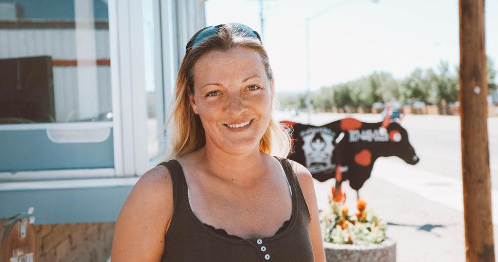 #HOMETOWN HUSTLE: Stephanie Green | ThatGurl307 Auto Cleaning