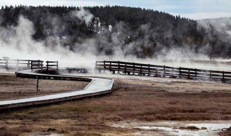 Fire South of Old Faithful Leads to Road Closure
