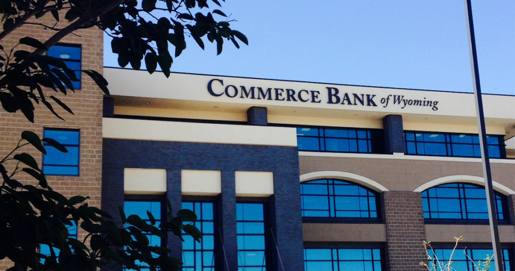 Commerce Bank Focuses on Helping Local Eye Care Center See Growth
