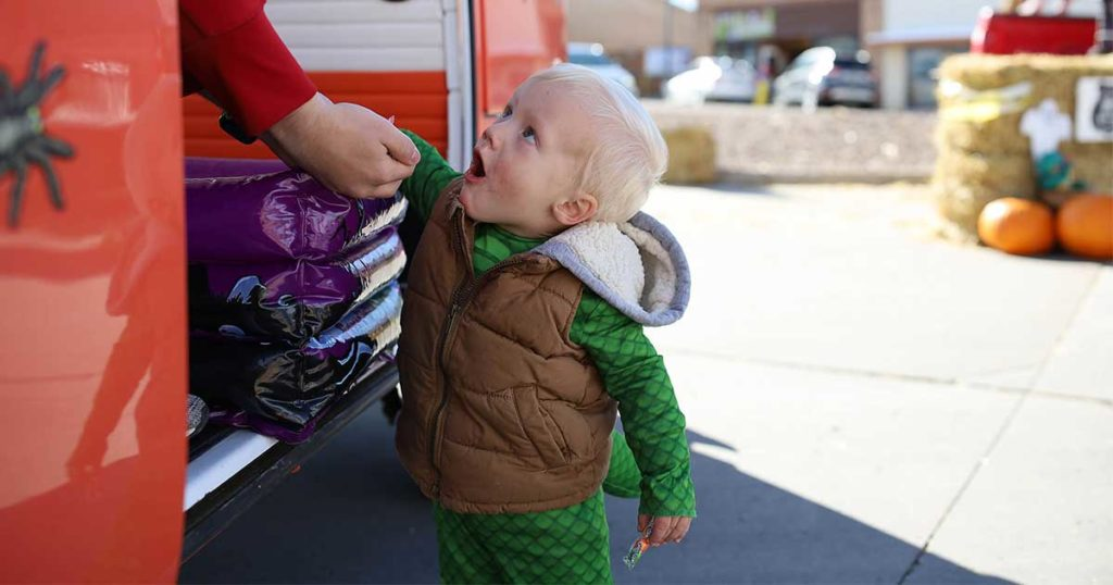 #ANSWERED: Sweetwater County Says Let the Kids Trick-Or-Treat