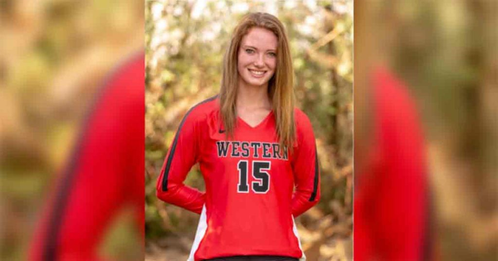 Family Hosts Candlelight Vigil in Remembrance of Cayleigh Welch