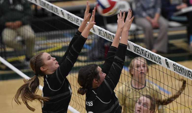 Lady Wolves Fall to Cody Fillies in 3 Sets