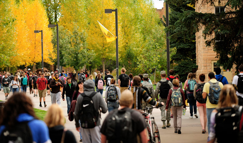 UW Administration Proposes Schedule for 2021 Spring Semester