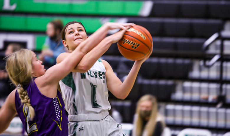 Wolves Open Up Flaming Gorge Classic Against Camels