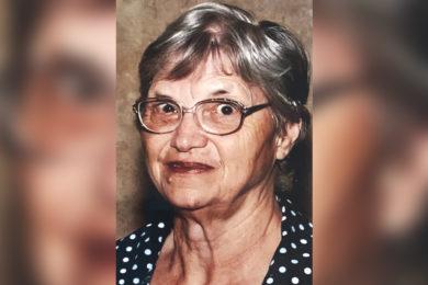 Leah Louise Lind Hooton (December 15, 1931 – February 19, 2021)