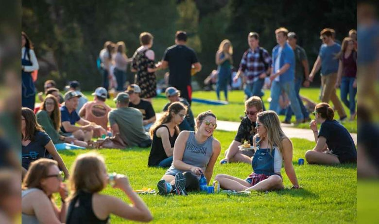 UW Announces Plan to Fully Reopen for Fall Semester