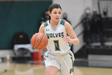Lady Wolves Place Second at Regionals; Wolves Beat Tigers for Third